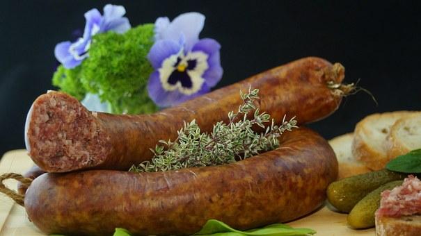 sausage-556491__340
